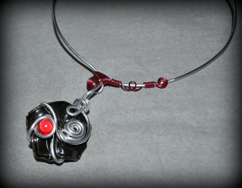collier151214 (3)