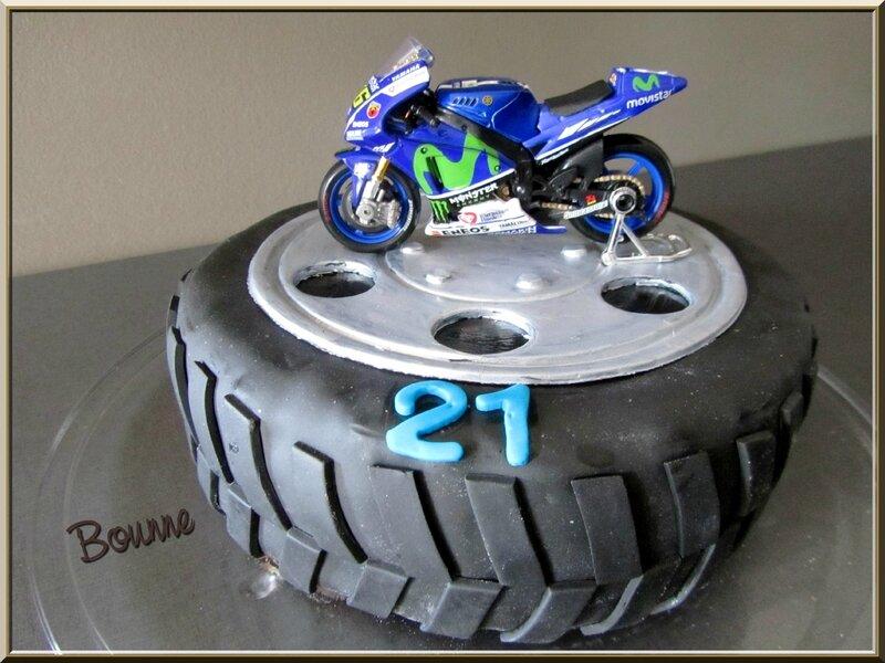 Gâteau pneu (9)