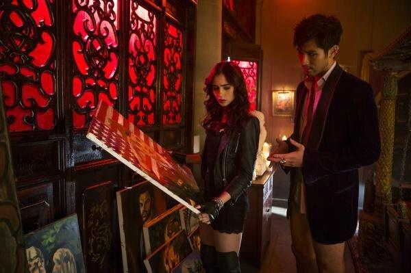 Clary and Magnus City of Bones