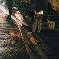 Rue du Dr Fanton, il pleut sur Arles