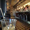 Un été aigre-doux, adriano's bar