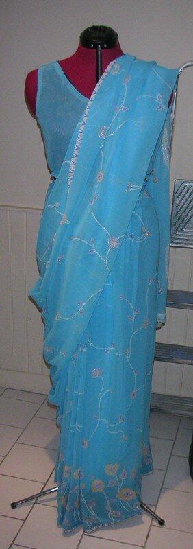 Le choli avec le sari