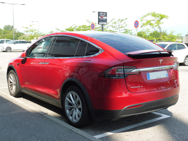TESLA Model X 100D Mulhouse (2)