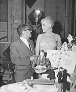1960-06-01-on_set_LML-birthday_of_MM-033-with_skolsky-1