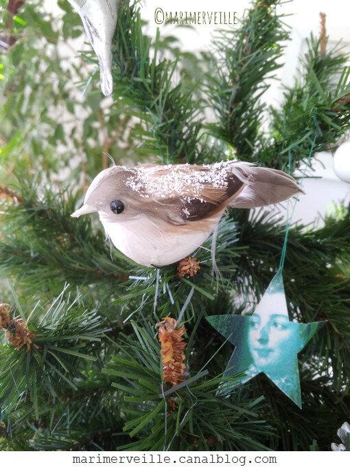 détail moineau petit sapin de Noël - marimerveille