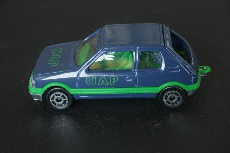 281_Peugeot 205 GTi UAP_03