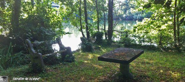 Coin salon au bord du Loiret