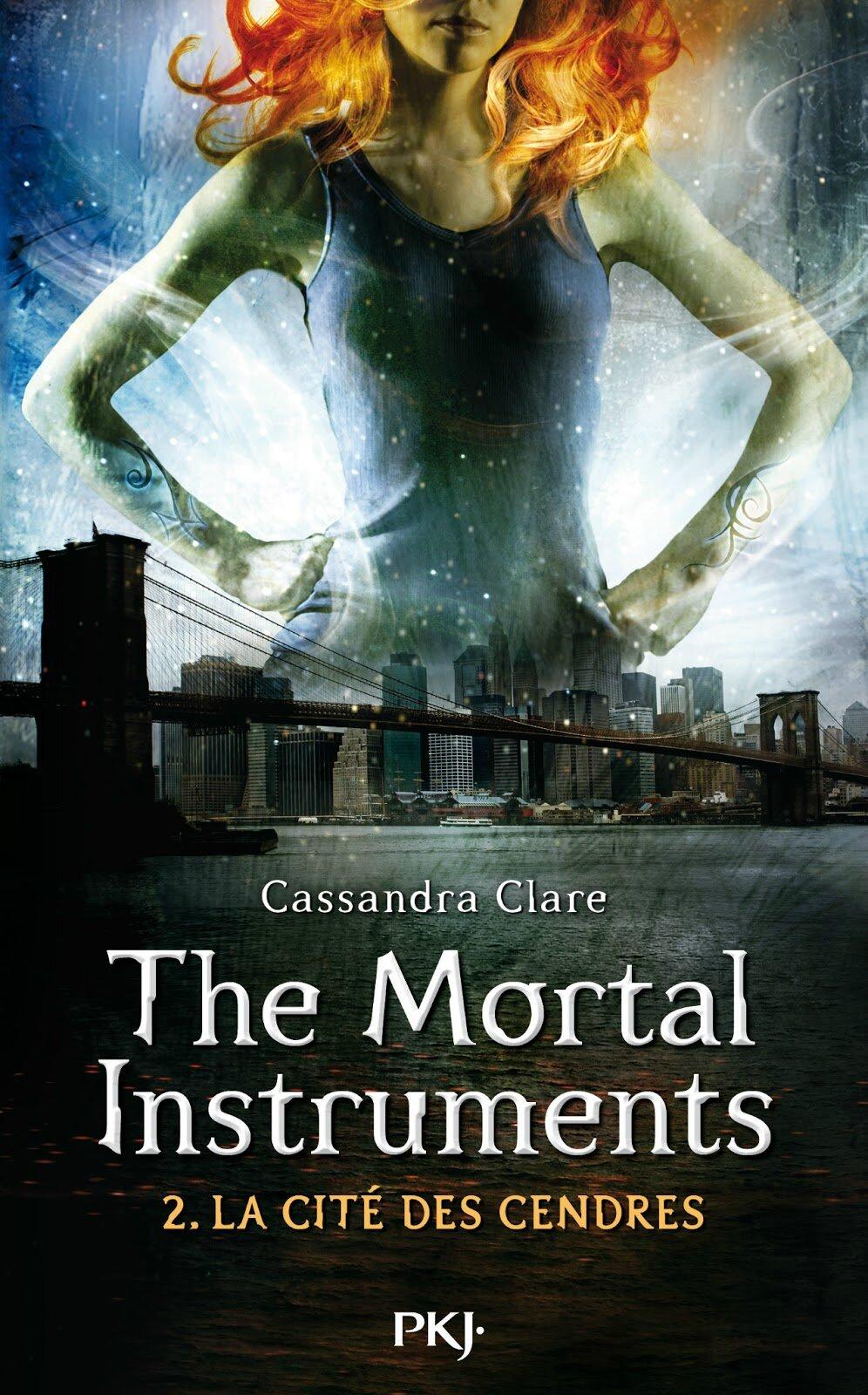 The Mortal Instruments La Cité Des Cendres Le Film Plus De Détails Sur Le Report Du Tournage Les Faces Cachées D Une Flèche