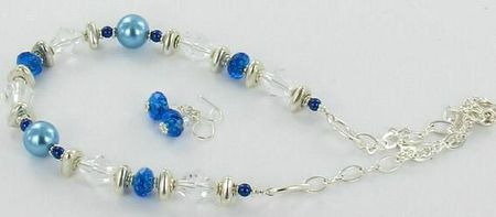 collier perlesbleues
