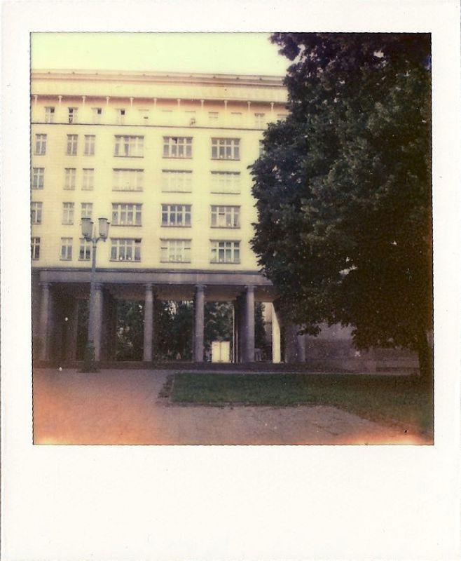 Scan 112610004