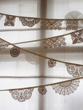 doily_bunting