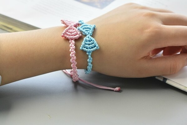 How to Make Pink and Blue Nylon Thread Butterfly Bow Friendship Bracelets600400