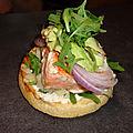 Burger saumon (sauce au pamplemousse)