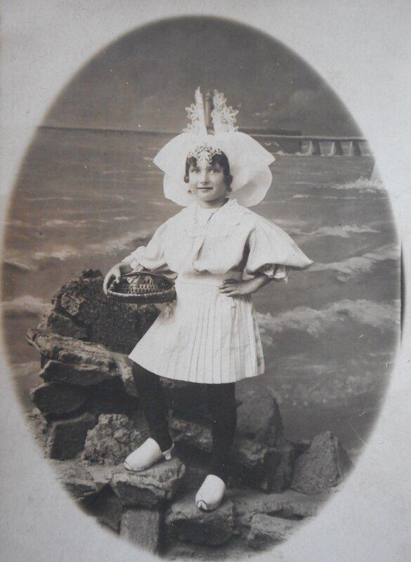 1925 Arlette Queffellec fille d'Albert