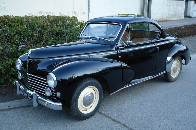 1280px-Peugeot203_coupe