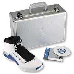 17_white_blue_case_cd