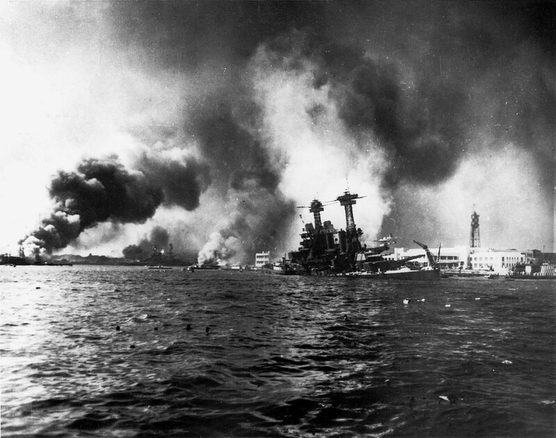 1280px-USS_California_sinking-Pearl_Harbor