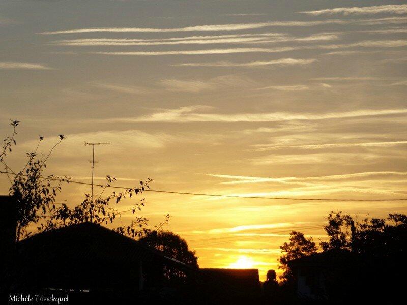 Lever de soleil et Etang du Paludot 2210161