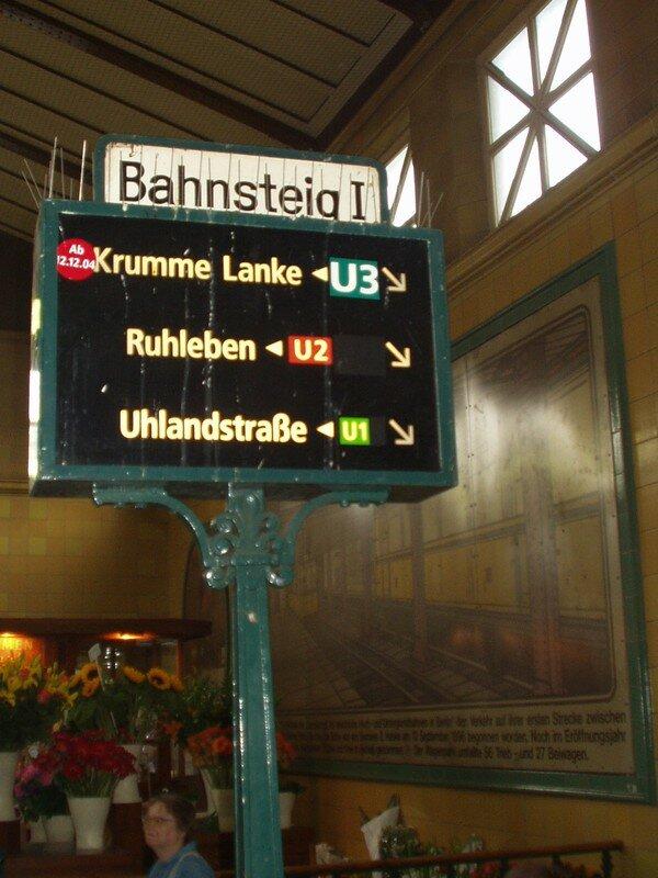 La station de Métro Wittenberg Platz