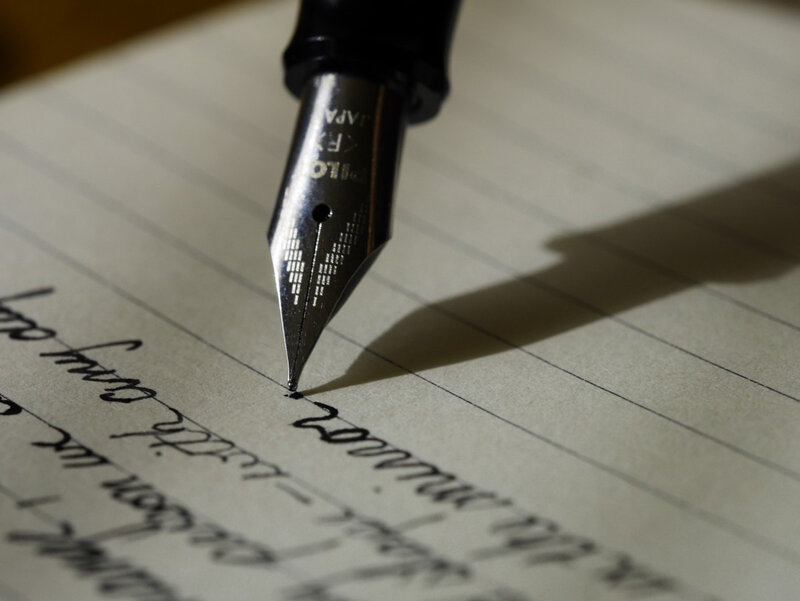 writing_write_fountain_pen_ink_scribe_handwriting_font_right_handed-637740
