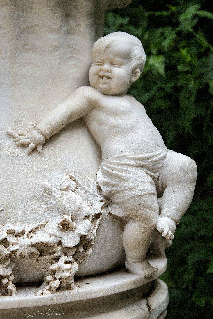 wb_Statue palais dame_20170511_4812