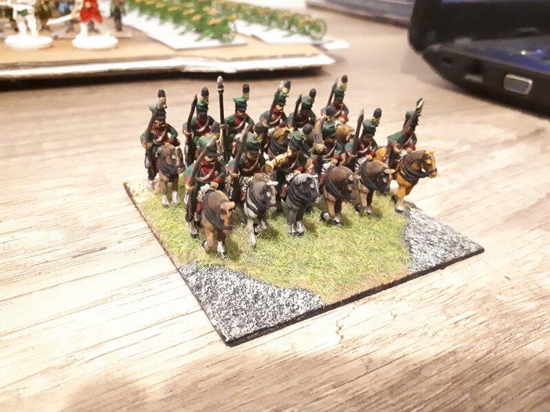 Des figurines CGM que je recommande toujours aussi chaleureusment. Le prince Fafa nous indiquera dans les commentaires sur le numéro du régiment, je ne me souviens plus. je l'ai peint il y a longtemps déjà...