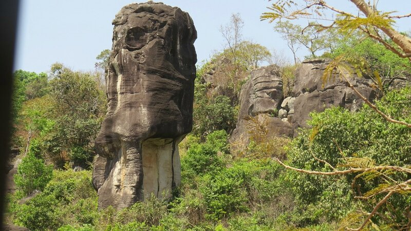 les rochers géants piste Sibeya