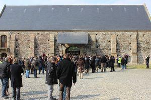 syndicat mixte baie du Mont-Saint-Michel VEOLIA Ardevon grille tarifaire manifestants