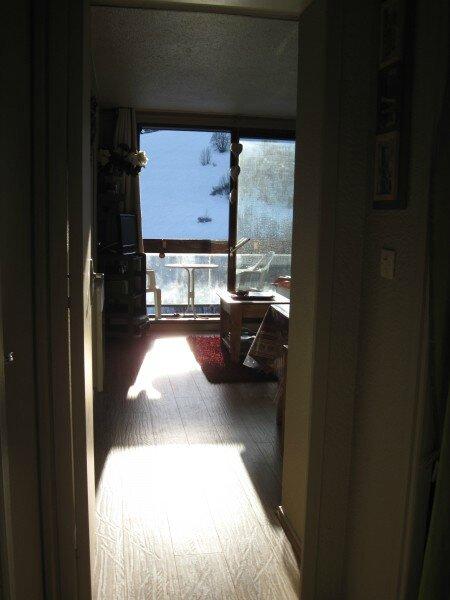 Soleil d'hiver dans l'appartement