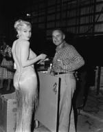 1960-06-01-on_set_LML-birthday_of_MM-032-1a