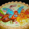 Gâteau Winx, détail plaque en sucre