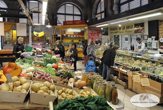 CAHORS_Les_Halles_ambiance_