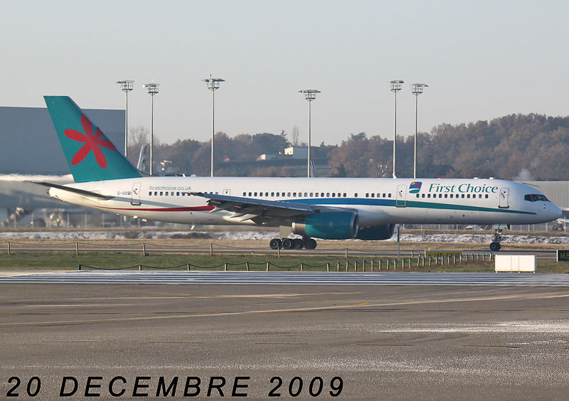 FIRST CHOICE AIRWAYS (THOMSON AIRWAYS).