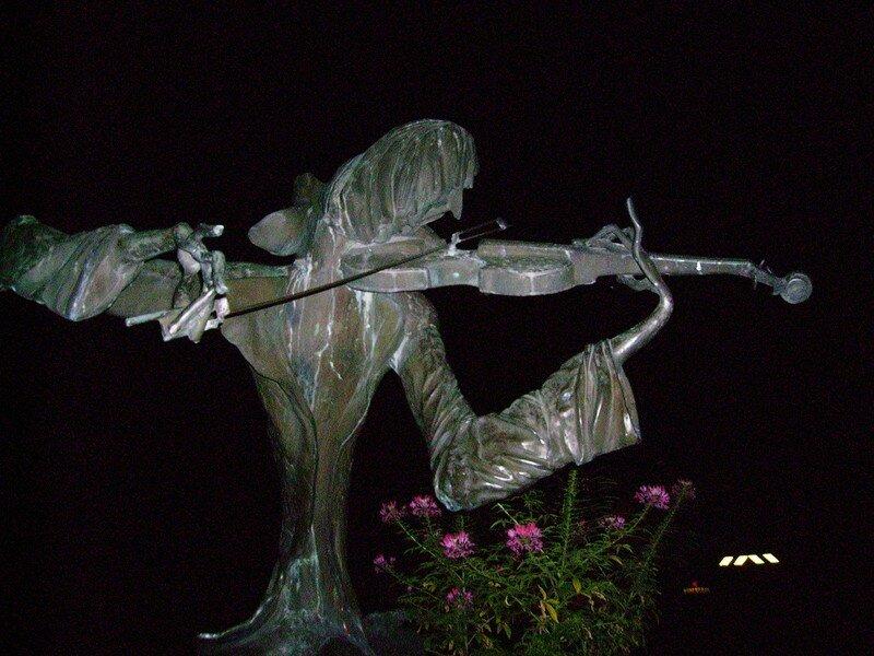 Le Violoniste de Féron, la nuit