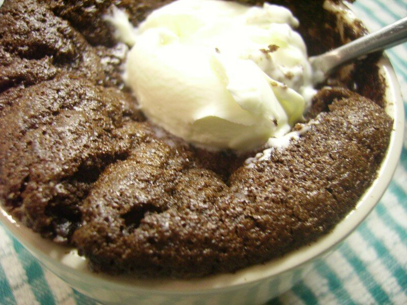Chocolate puddings + creme fraiche