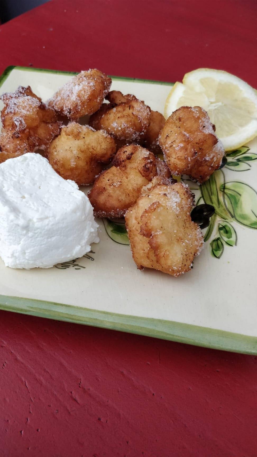 Beignets de fromage de chevre