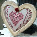 Nat : coeur dentelle monochrome rouge