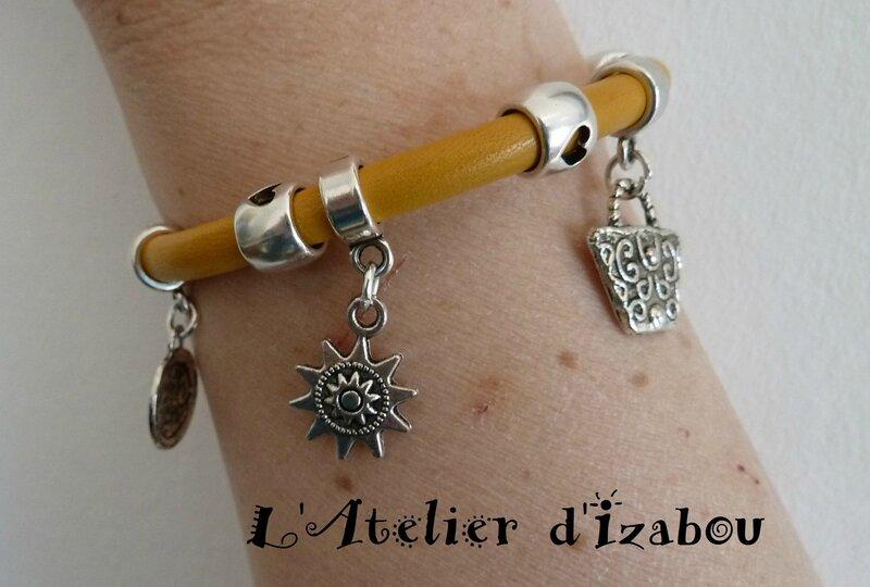 P1120976 Bracelet soleil cuir jaune, breloques soleil, horloge et sac à main, fermoir magnétique