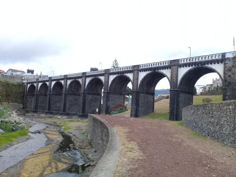 St Miguel - Ribeira pont à 8 arches (3)