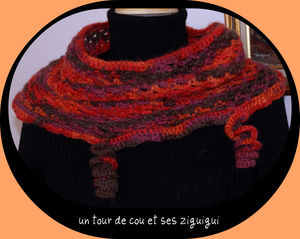 un_tour_de_cou_et_ses_ziguigui_anne_emmaillot_e_