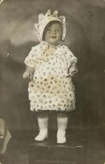 1927-norma_jeane-studio_portrait-grace_goddard_hand_note-1a