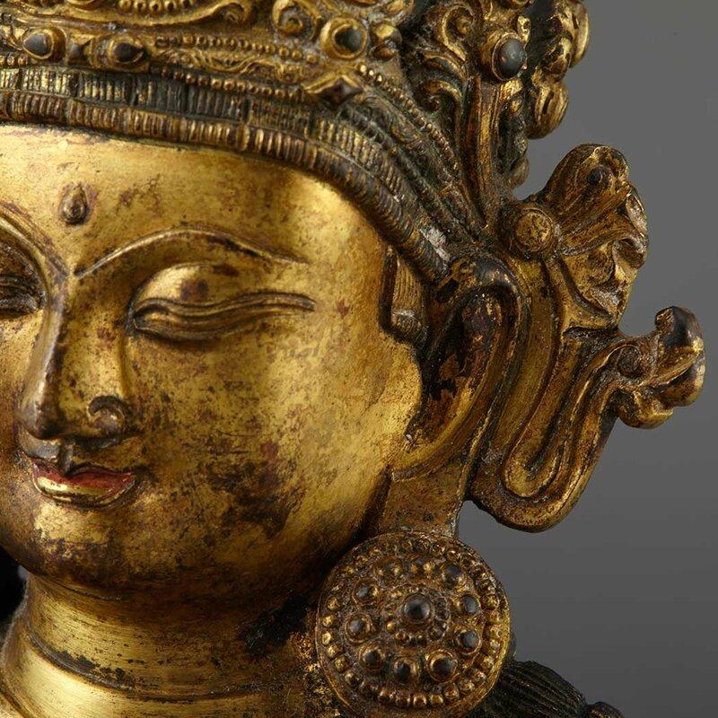 Sino-Tibetan Gilt-Bronze Seated Avalokesvara4