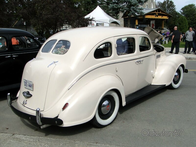 plymouth-p7-roadking-sedan-1939-b
