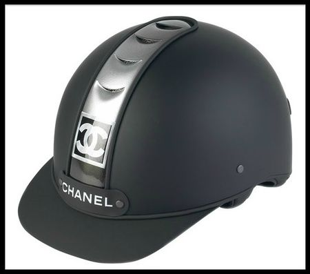 chanel casque equitation