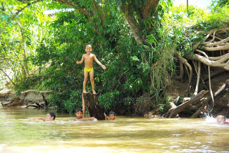 Enfants de Puerto Pinzon