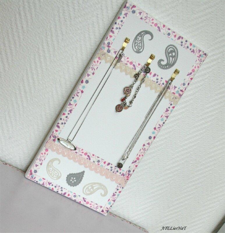 Porte-bijoux de mon livre2
