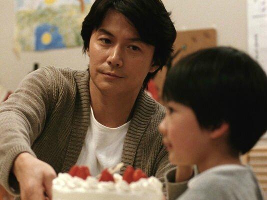 3299661_6_7b0b_une-scene-du-film-japonais-d-hirokazu_e7675c51d2449dfb16f4e46f71a69004