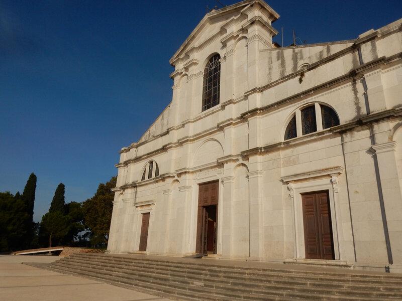 Rovinj, l'entrée de la cathédrale 25 octobre 2019