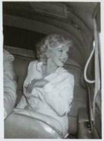1958-07-08-depart_ny_for_LA-collection_frieda_hull-246280_0c