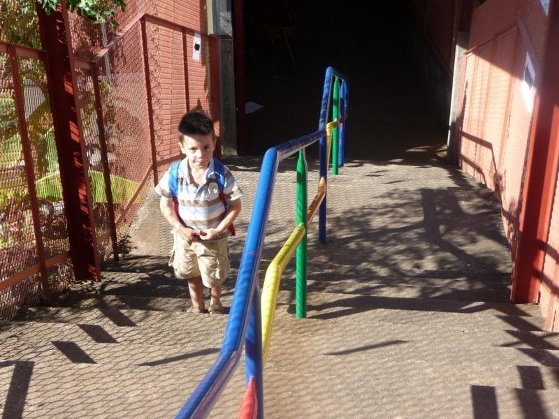 grand escalier de l'école maternelle